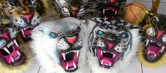 Kostum & Topeng Macan ( Harimau )